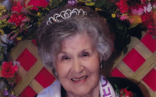 "Ms. Albertville Nursing Home & Rehab Select, Helen ""Roslin"" Williams, Albertville, Age 82"